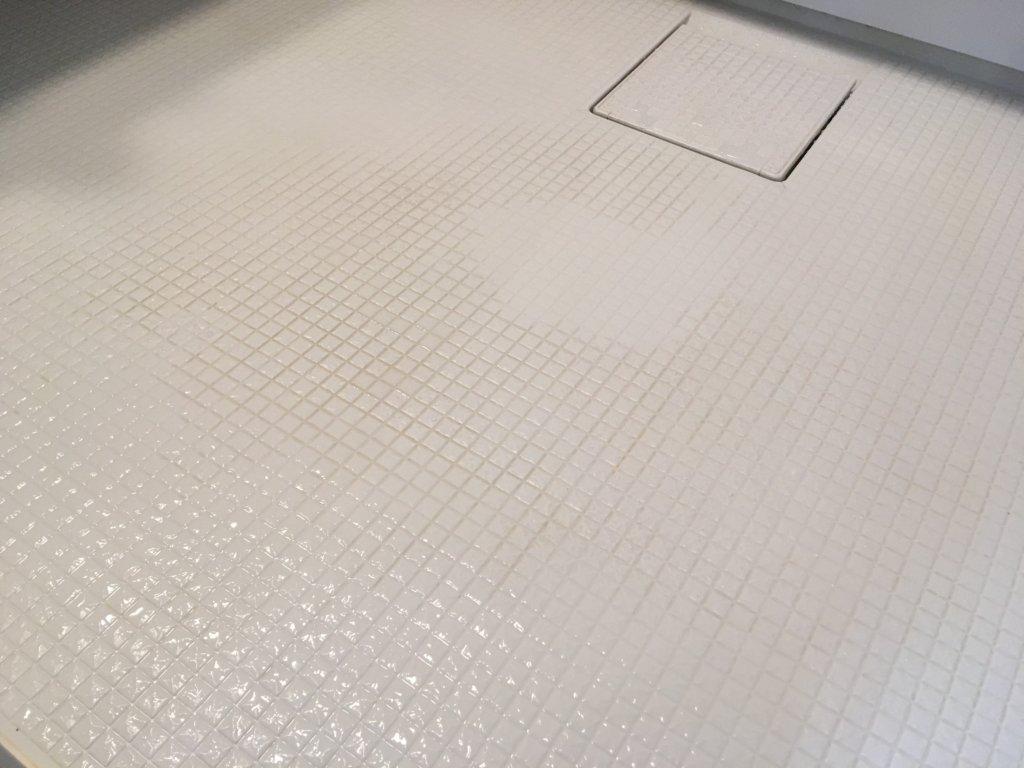 黄ばみ 風呂 床